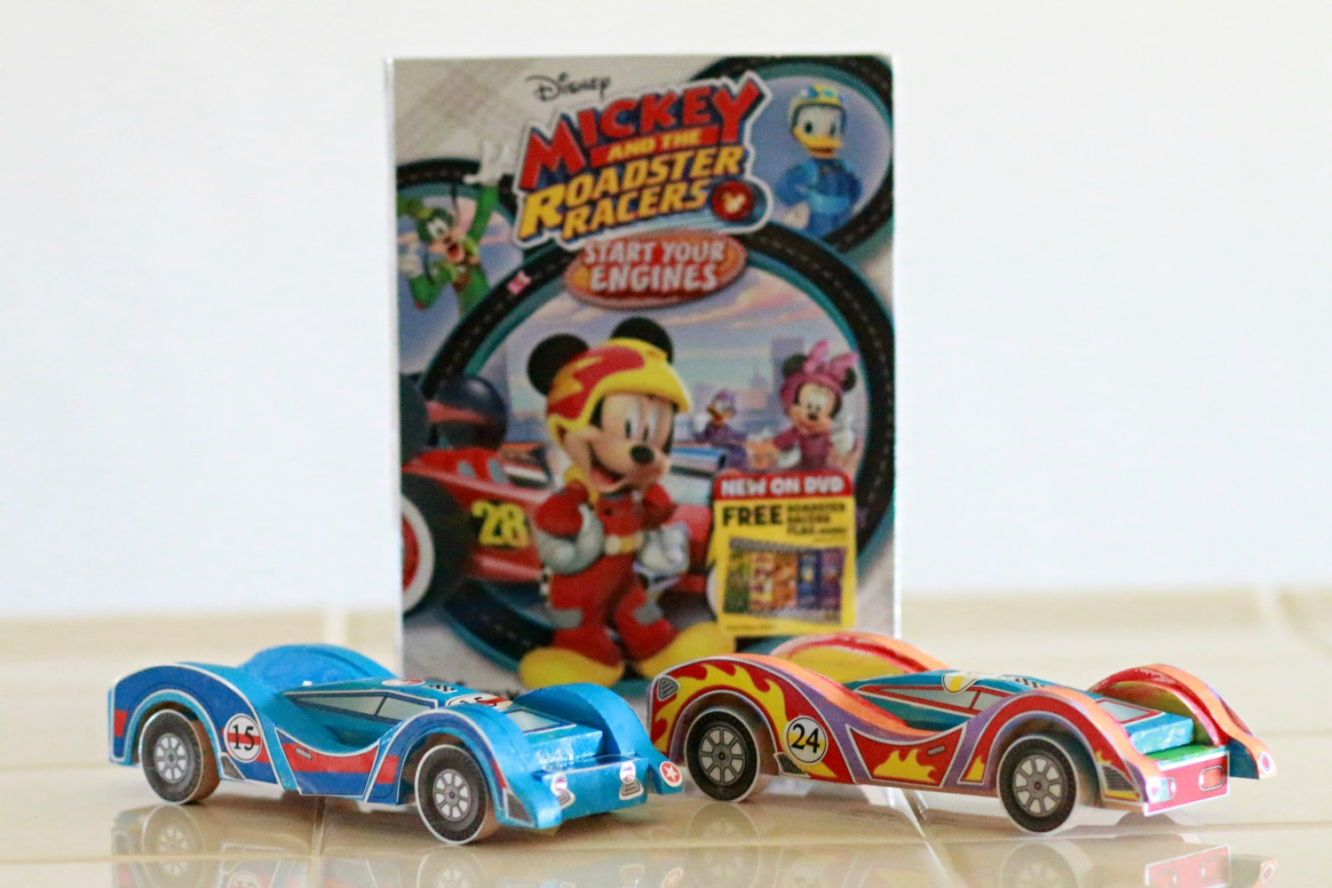 Construyendo carritos con Mickey and the Roadster Racers ... |Start Your Engines Racers